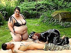 BBW dominatrices rakastavat kolmikon femdom sukupuolen