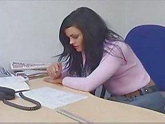 Tiener In Het Bureau