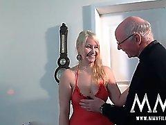 Grandpa caliente le gusta maldito una chica adolescente Chicas
