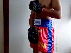 Le coq de l' Kickboxer japanese Jour Ligoté