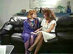 Retro Amt Lesben Pussy and Arschlecken Behaart StrapOn