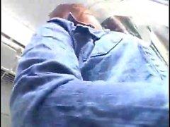 Milf é humilhado em um trem Assista Parte 2 Em hdmilfcam
