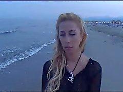 Oyunu - Stella Folliero