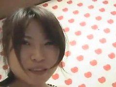 Süßer asiatischer heißer Gruppensex