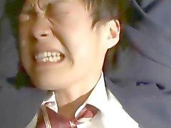 En praktikant pojke blir bundna och fingeed på sin röv