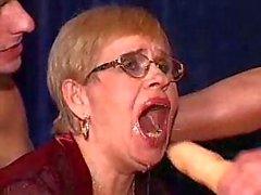Kirli büyükanne iki shlongs memnun