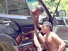 Ragazzo africana scoperta Fare sesso anale Senza preservativi