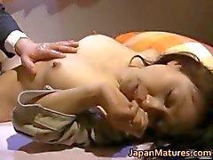 Japanilainen nainen on perverssi ja kypsä Osa 6