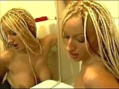 4522313 sexy nevana u zenskom wc u serbio