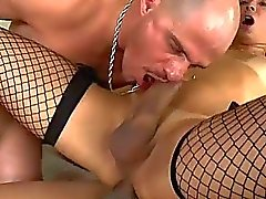 Slim tranny Bianca Hills double teamed