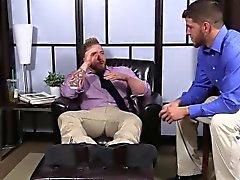 Behaarte Aaron seinem Schwanz da Marshall beim wichsen ansaugt seine Zehen