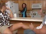 Milf соседка сносит студента , а мать поварам