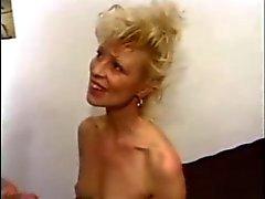 Blond fick hardcore anal