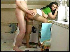 Teen Girl Durchgefickt der im Badezimmer Elder Typ