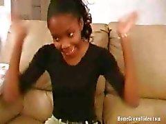 HomeGrownVideo Ebony Coed vill bli berömd