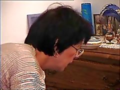 Françaises Vieille mère - Cum on Glasses figure