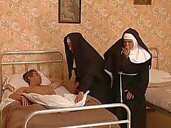 Porno im kloster