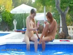 étonnante piscine de la masturbation amis