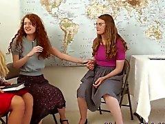 Religious milf gnidningar tonåring
