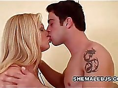 Travesti Duda Dihl Blowjob