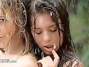 Beautiful tonåringar på regna