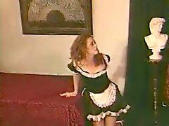 Chloe Nicole - Maid För Spanking
