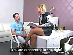 Amateur guy cums on a very exciting female agent