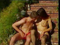 Shemal hottie dostum havuzbaşı sikikleri