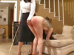 Di BDSM goth della ragazza caning