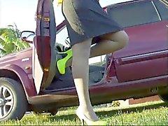 Ebony In Witte panty en hakken