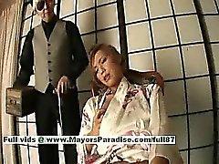Kei horny japon bebeđim maid onu sulu kedi sergiliyor