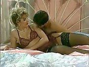 İtalyan porno iki büyük dicks tarafından iki delik becerdin !