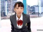 Söt japansk tonåring blowjob