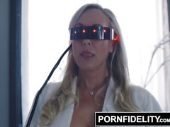 PORNFIDELITY Brandi Love Cums mit CIRIS Interactive