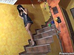 talons hauts de magnifiques Black Angelika obtenir cloua dur dans