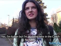 Genel Ajan İtalyan emme ve herkese horoz sürmeyi sever