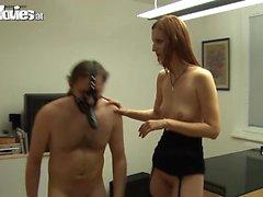 Грязное подростков шлюха докачивать фаллоимитатором маску для лица
