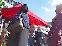Le Hijab de femelle 003 des Wolter