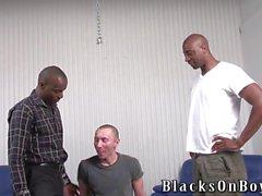 Hassu puola kaveri joutuu perseeseen esittäjä mustaa miestä