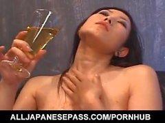 Yui Komine kokemasi haittavaikutus kurkku