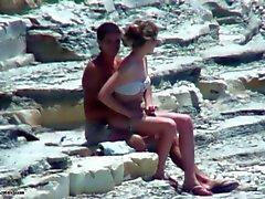 blyg par fuking på stranden !