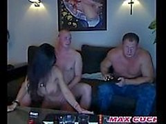 Maxcuckold Guy Partager His Hot Wife
