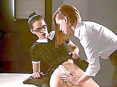 Mias Cock verkligen Cums , med lite hjälp från Dani