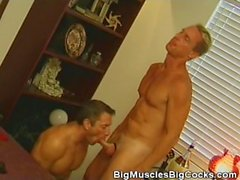 69 Cock Sucking Lovin Muscled Hunks