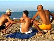 französisch -Tourist von 2. arab Jungs gebumst