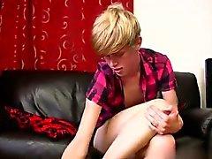 Atractivo de homosexuales 18 años en Austin Ellis un tipo gay deliciosa partir Bed