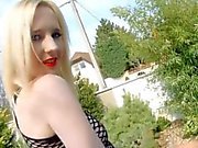 Tight blonde College- Teenie bettelt um seinen Schwanz - snaplivechat