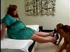 Tombul Mistress Eğitim Kölelerine