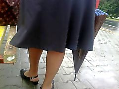 quick upskirt at the bus stop.