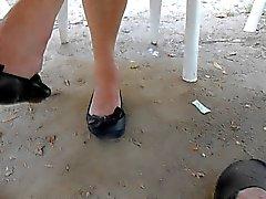 ses jambes et ses ballerines suite